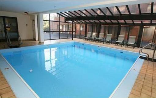 147 Kelton Place Pool